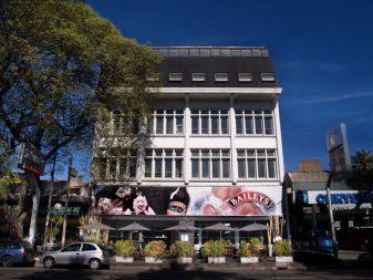 Edificio Sir John 01